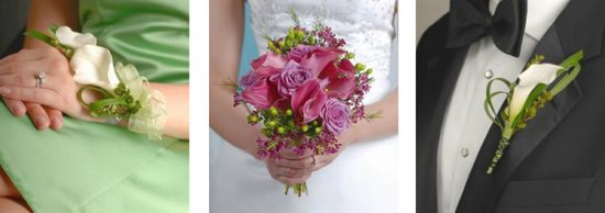 Calla Lillies have been popular wedding flowers for years. The wrist corsage, bouquet and boutonnier