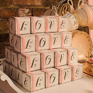 love-cube-favor-boxes-with-charming-aged-print_1024x1024