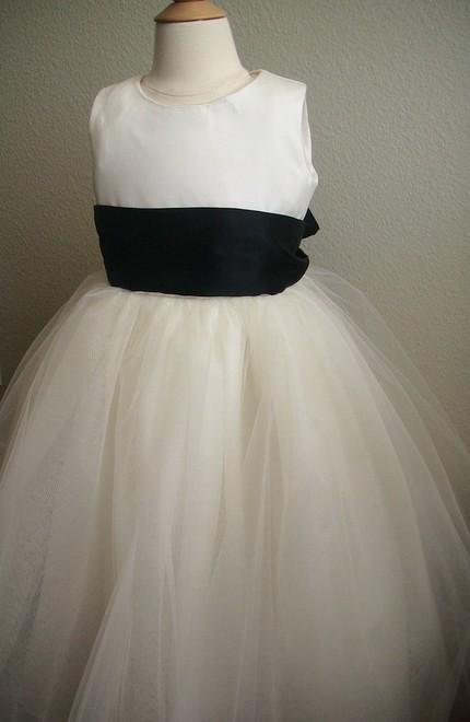 White-flower-girl-dress-tulle-skirt-black-sash.full