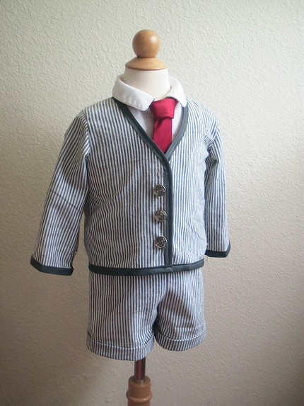 Adorable-ring-bearer-stipe-sear-sucker-suit-red-tie-special-occasion-wear-for-kids.full
