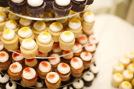 Wedding cake alternative- colorful and delicious cupcakes