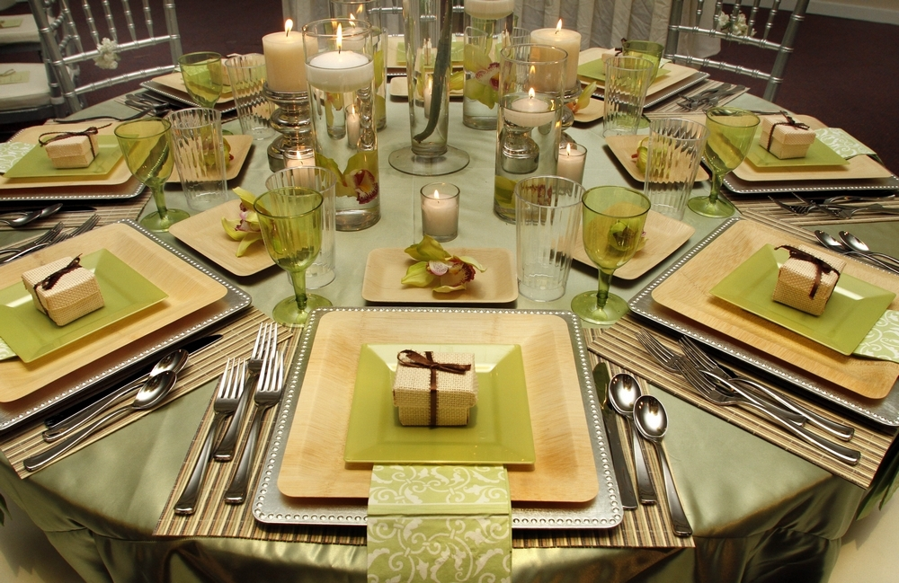 Tablescape-detail-shot-bamboo-square-plates-silver-charger-eco-friendly-favor-boxes.full