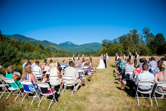 Gorgeous Setting for An Outdoor Ceremony