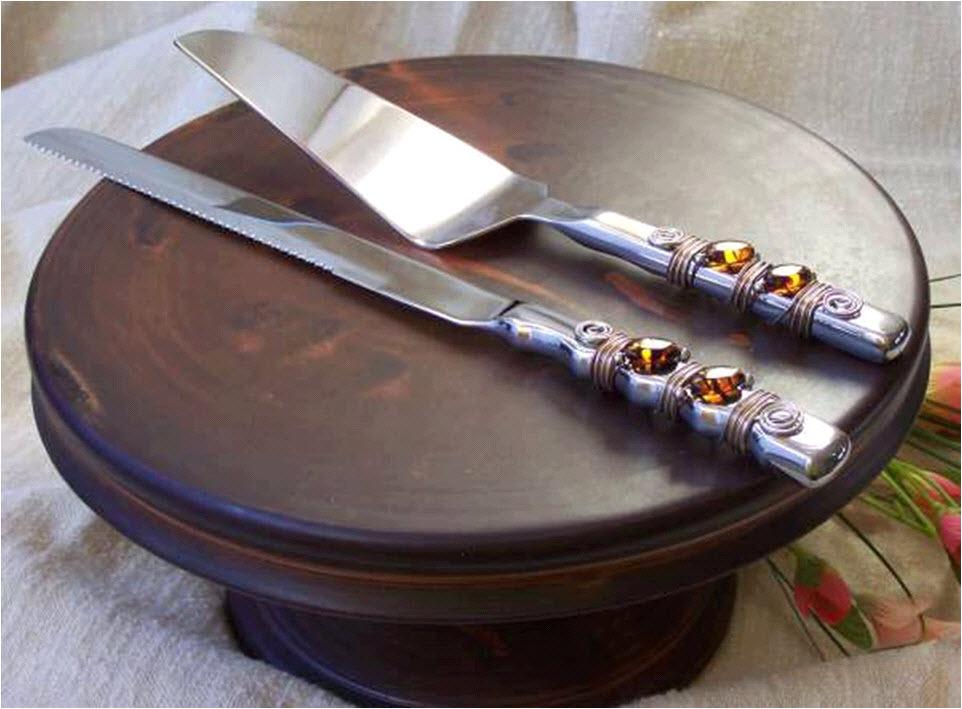 Chocolate-brown-handmade-cake-stand.full
