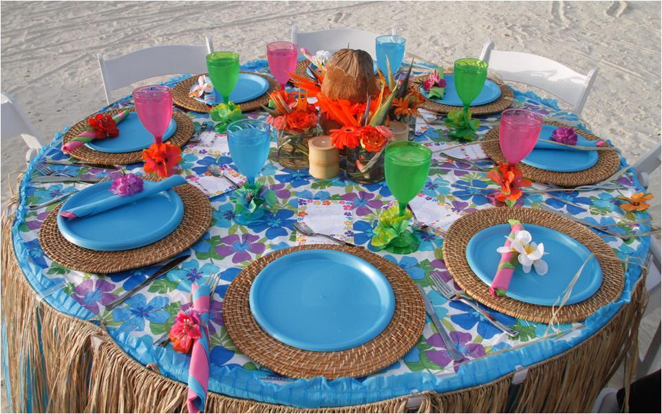 Blue-tropical-rehearsal-dinner-tablescape-on-the-beach-tropical-fun.full