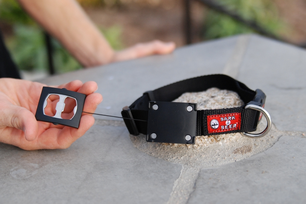 Affordable-fathers-day-gifts-for-father-of-the-bride-bark-for-beer-collar.full
