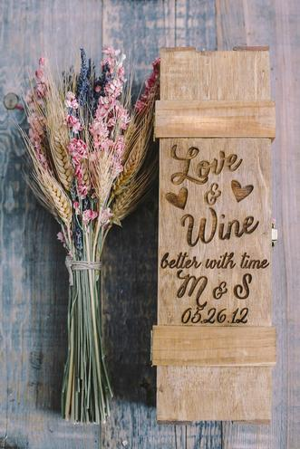 Hatch.co Personalized Wedding Wine Box