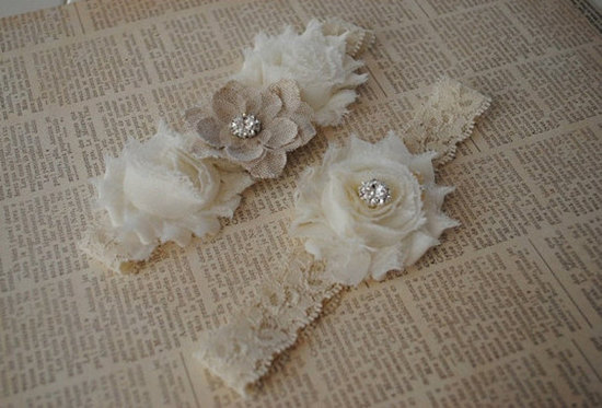 Burlap and Lace Garter
