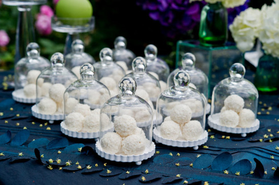 Wedding Favor Inspiration - Weddingstar Mini Glass Bell Jars