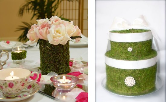 Moss can be used to decorate a table, or as part of a favor box