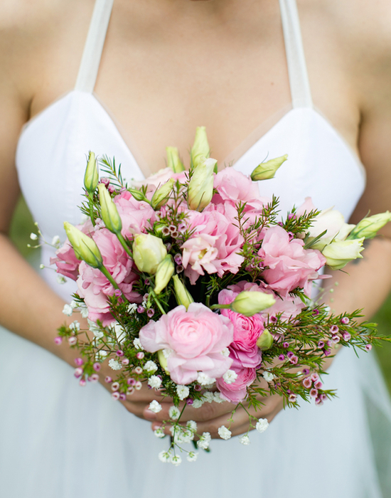 Pink Rose Bouquet with Babys Breath and Unbloomed Tulips
