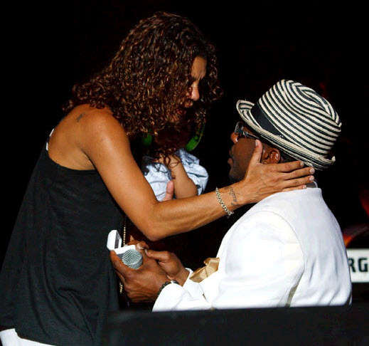 Singer Bobby Brown pops the question on stage at a Jacksonville, FL concert!