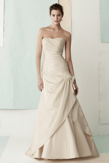 Classic Cream Strapless A Line Wedding Dress Gathered On The Side With Large Fabric Flower