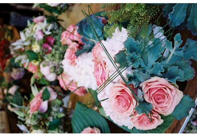 Stunning-garden-wedding-pink-blush-roses-green-leaves-romantic-whimsical.full