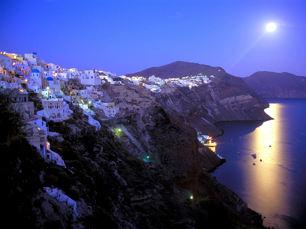 Moonrise-over-santorini-greece-romantic.full
