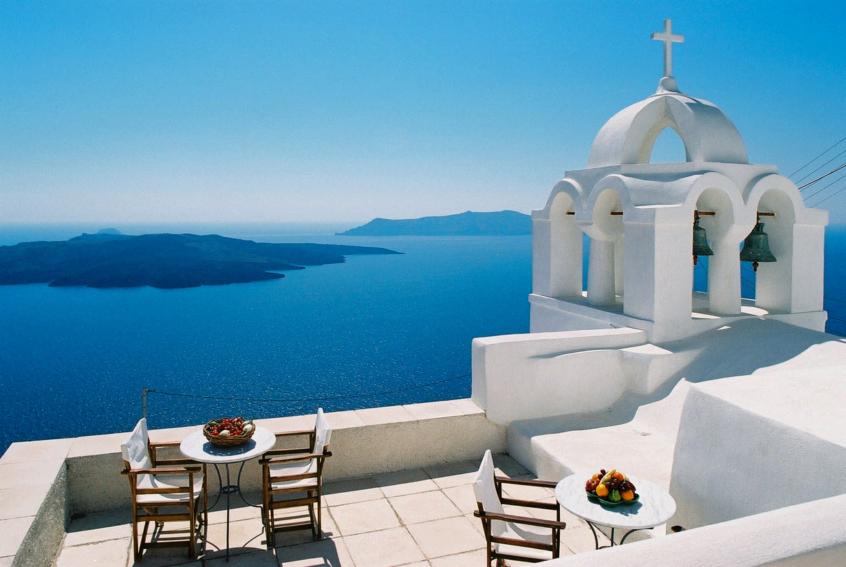 Stunning-deep-blue-water-of-santorini-greece-win-getaway.original