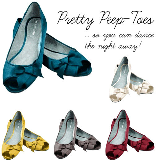Loving these peep-toe ballet flats from Dessy for the wedding reception!