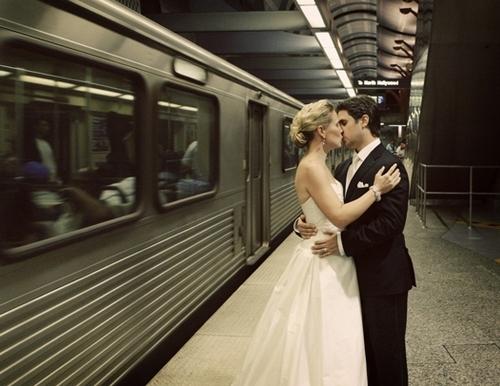 Bride-groom-go-eco-chic-green-wedding-transportation-subway.full