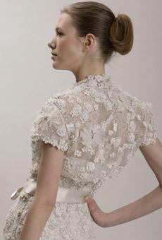 Ivory-lace-high-neck-wedding-dress-sash-classic.full