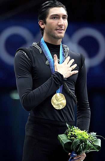 Vera-wang-designs-for-olympic-gold-medalist-evan-lysacek-2.original