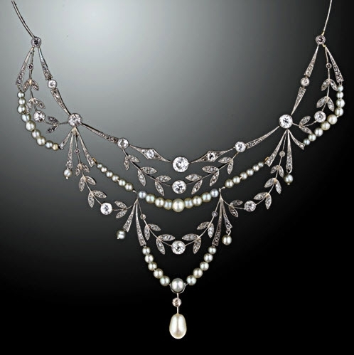 Beautiful Lang Antiques Edwardian vintage bridal necklace