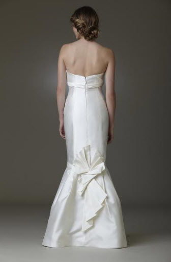 Amy-kuschel-couture-wedding-dress-origami-back.original