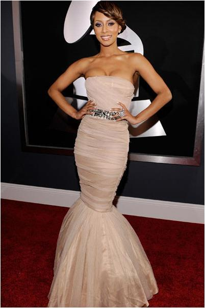 photo of 2010 Grammys: More Bridal-Inspired Gowns on the Red Carpet!