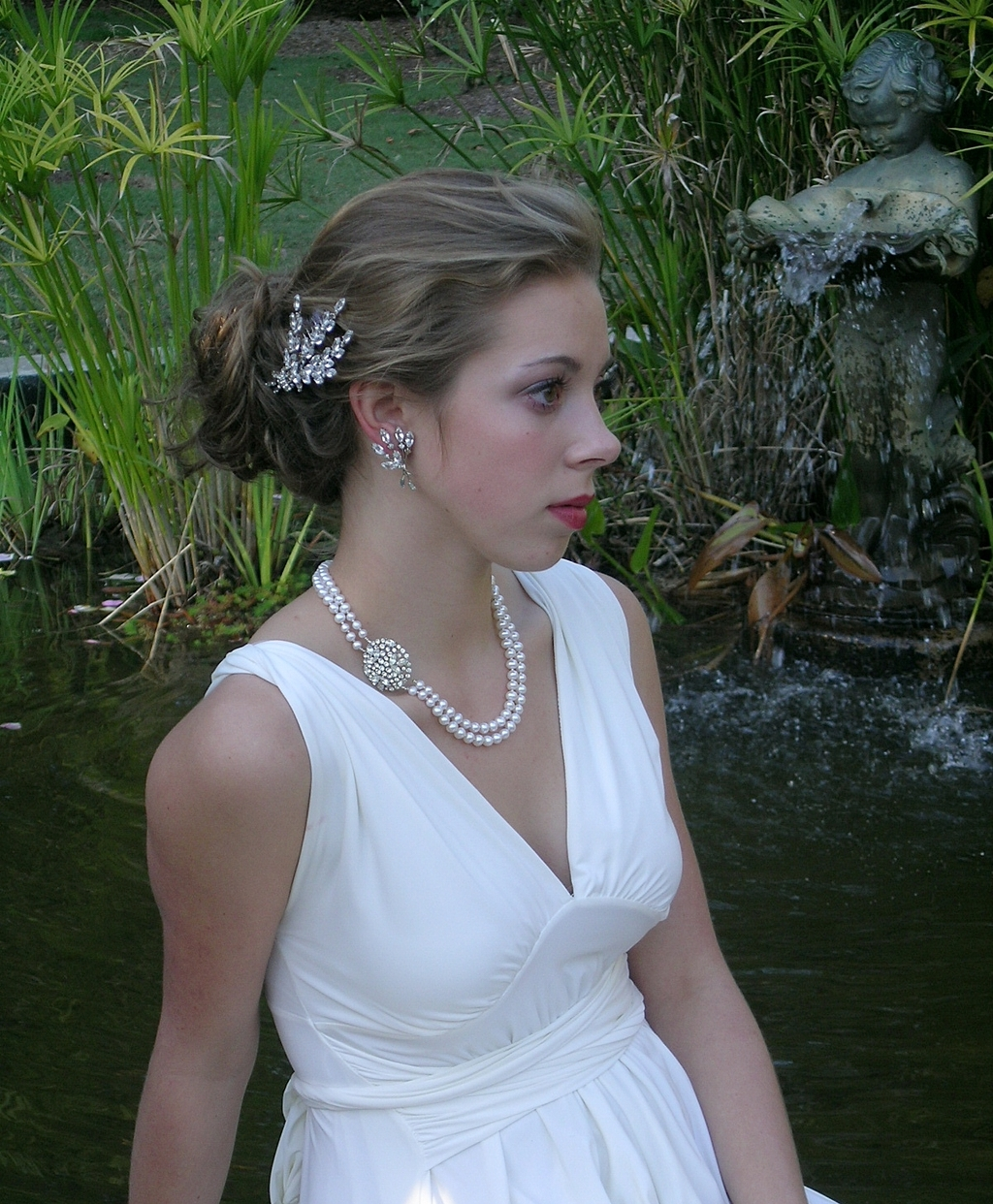 Belcanto-new-shop-vintage-bridal-jewelry-accessories-two-strand-pearls-vintage-hair-comb.full