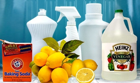 Homemade cleaning products for your home- eco-friendly and inexpensive!
