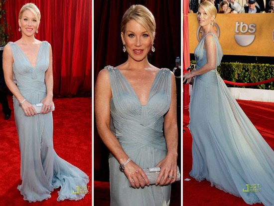 Christina Applegate looked beyond gorgeous in her sky blue Roberto Cavalli gown
