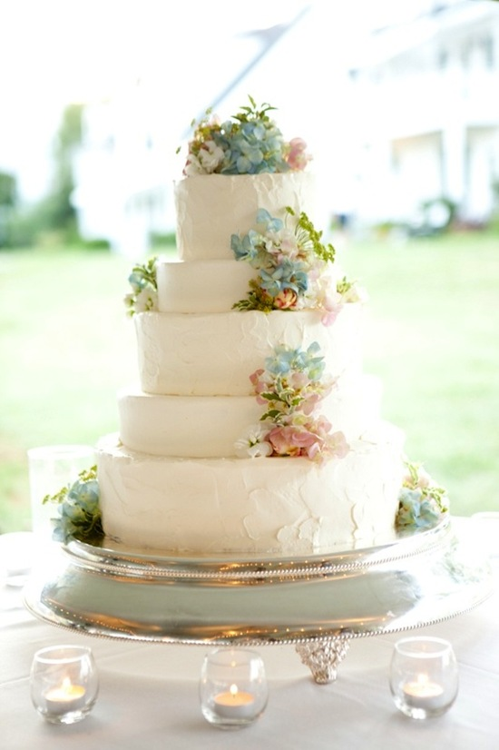 Pastel Wedding Cake with Flowers