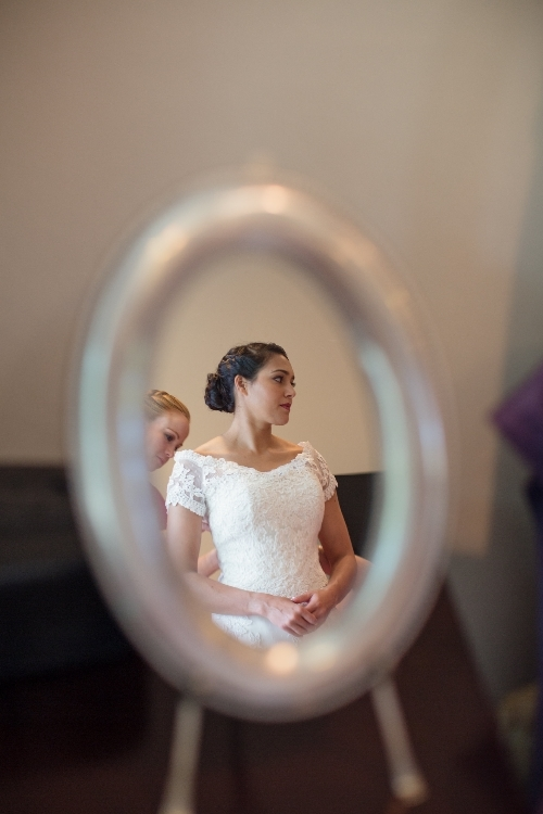 monterey wedding beautiful bride in mirror