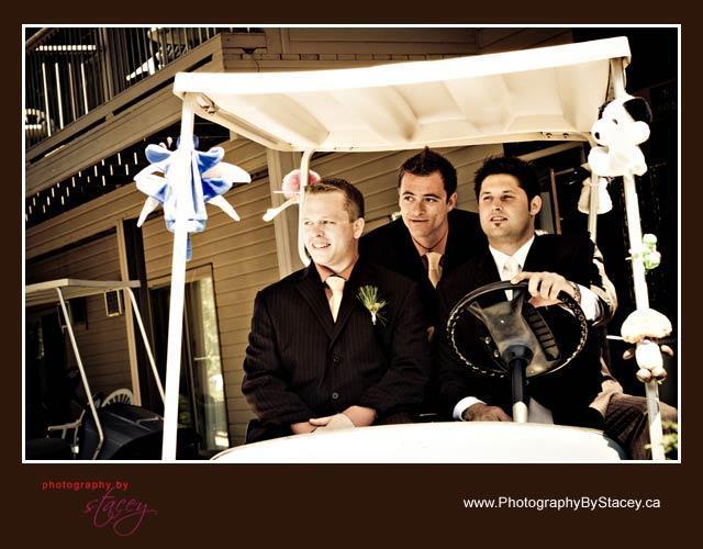 Golfing-groomsmen-fun-wedding-photos-groom-in-golf-cart.full