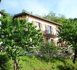 Ca al Sole in Northern Italy, a perfect location for your romantic honeymoon get away.