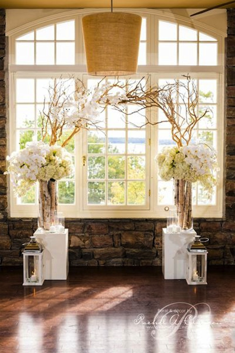 Altar Flowers For Wedding | White Flowers Altar