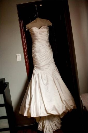Gently used Pnina Tornai wedding dress with sweetheart neckline and ruched bodice