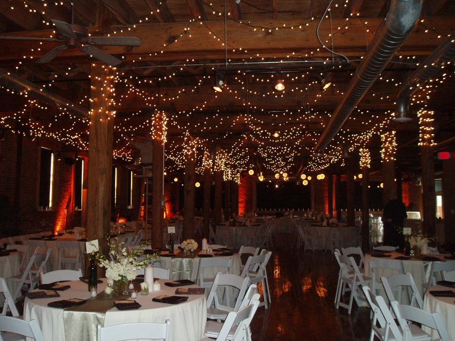 Beautiful winter wedding reception venue with sparkling for Winter wedding reception ideas