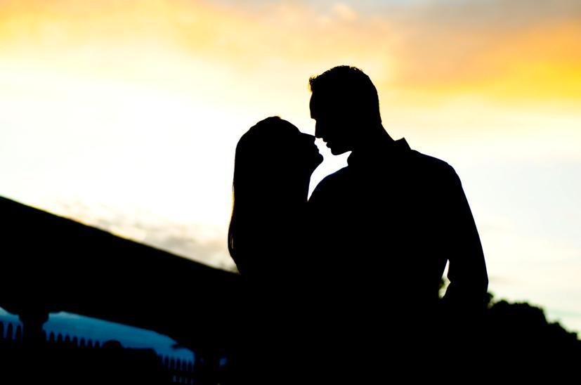 Talahassee-engagement-session-florida-sunset-silhouette-shot.full