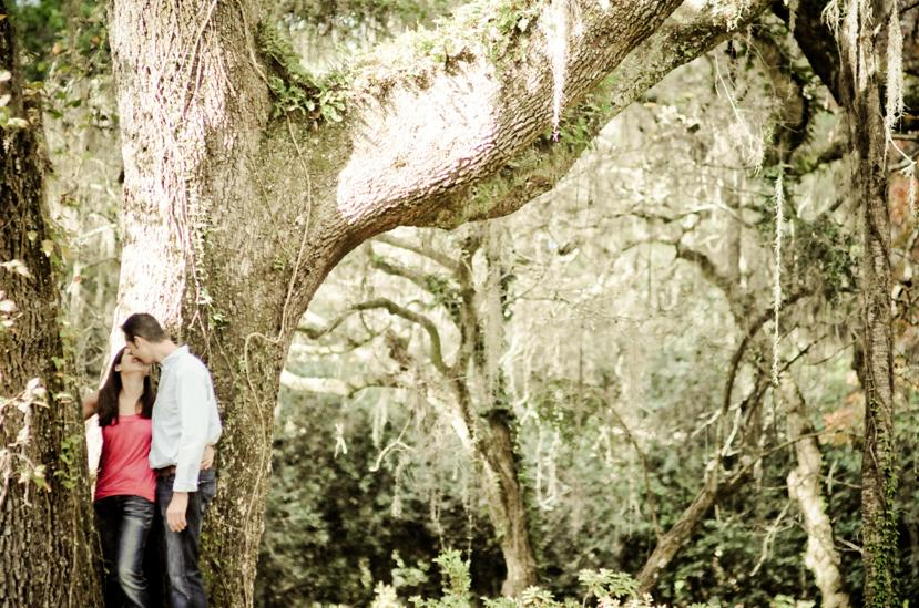 Talahassee-engagement-session-in-stunning-oak-tree-forest-hanging-moss-whimsical-fairytale.original