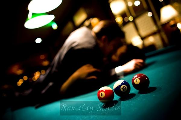 Pool-billiards-at-your-wedding-entertainment-for-the-groom-and-groomsmen-wedding-date-spelled-out-with-pool-balls.original
