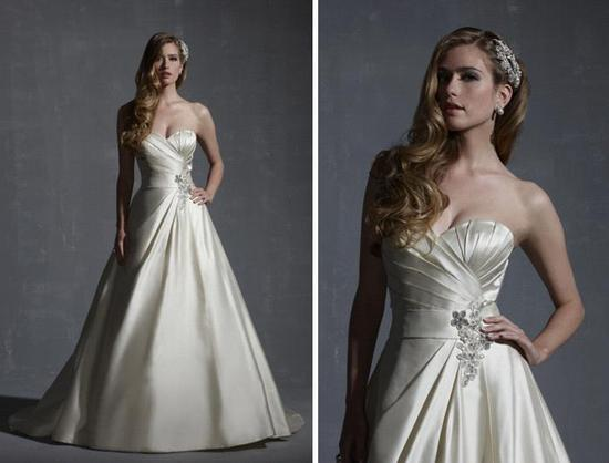 Traditional a-line ivory wedding dress with full a-line skirt and sweetheart neckline