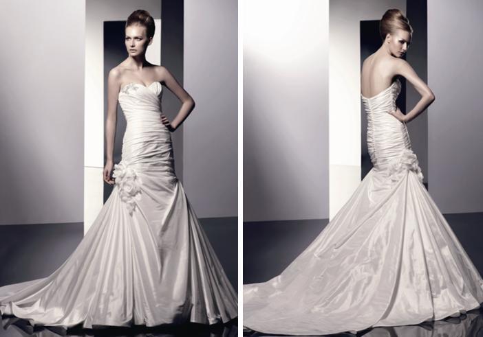 Enzoani-spring-2010-wedding-dresses-esme-sweetheart-neckline-floral-detail.full