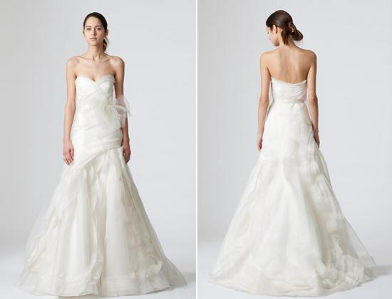 Simple white strapless Vera Wang wedding dress with sweetheart neckline and full a-line skirt