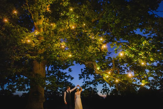 First Dance festoon lights