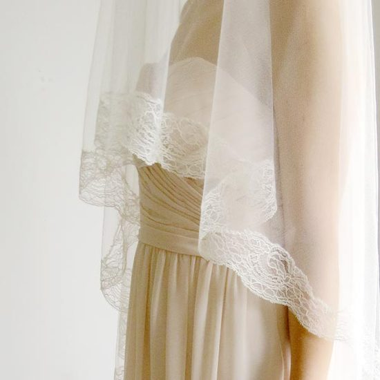 cathedral-veil-ivory-chantilly-lace-5