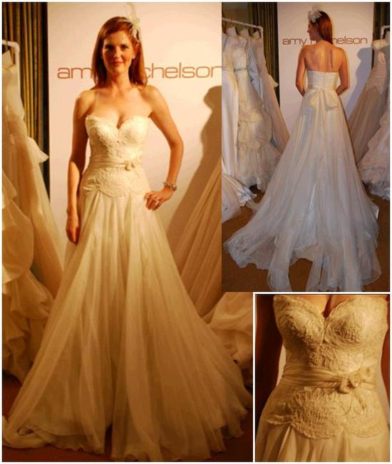 Sweetheart neckline lover's lace wedding dress with full a-line skirt