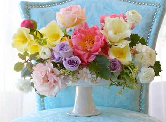 Bright Pastel Wedding Centerpiece
