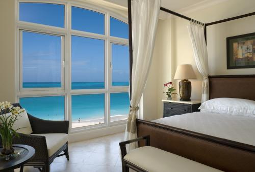 Relaxing-honeymoon-destination-turks-and-caicos-beach-romantic-suite.full