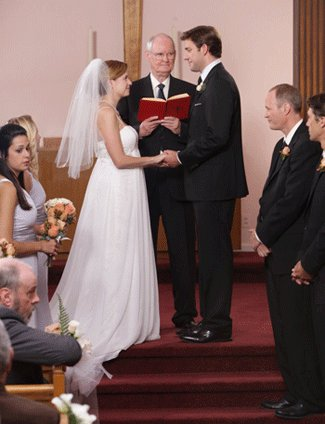 Jim And Pam Wedding.Pam S Empire Waist Wedding Dress Is The Perfect Solution For A