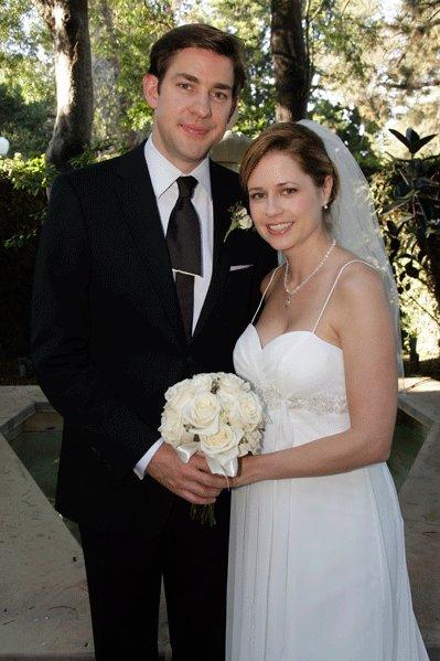 The-office-wedding-jim-pam-wedding-dress-jenna-john_main.full